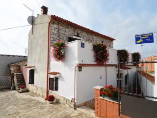 Mon Perin Castrum- Danica 1** - Bale vacation rentals