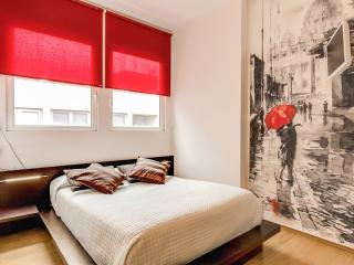 M&L Apartments ARDESIA 3 - Colosseo - Rome vacation rentals