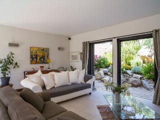 Nice 5 bedroom Roquefort les Pins Villa with Internet Access - Roquefort les Pins vacation rentals