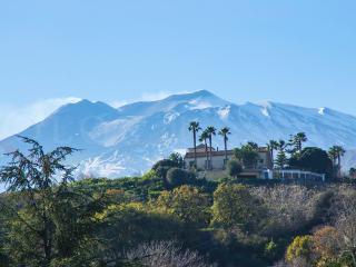 Villa Venere Piedimonte Giardini-Naxos - Piedimonte Etneo vacation rentals