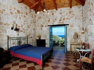 Strofilia, studio by the beach - Skinaria vacation rentals