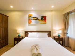 Mykonos Beach Condo Hua Hin A2A6 - Hua Hin vacation rentals