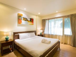 Mykonos Beach Service Apartment A4A7 - Hua Hin vacation rentals