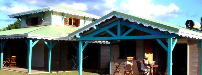Bright 4 bedroom Villa in Sainte Rose - Sainte Rose vacation rentals