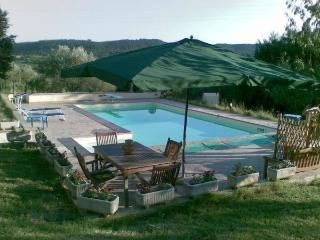 Casa Vacanze con Piscina vicino Roma in Umbria - Narni vacation rentals