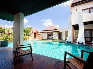 6 bedroom Villa with Internet Access in Pattaya - Pattaya vacation rentals