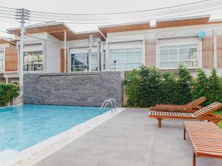 EVA TOWN - Kathu vacation rentals