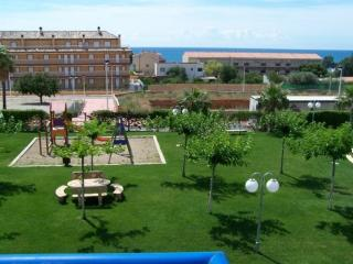 Nice Condo with A/C and Shared Outdoor Pool - Alcossebre vacation rentals