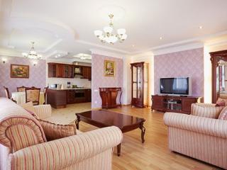 Vip class Svobody Lviv - Ukraine vacation rentals
