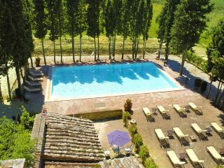 Nice House with Hot Tub and Private Outdoor Pool - Trequanda vacation rentals