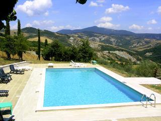 6 bedroom House with Fireplace in Radicofani - Radicofani vacation rentals