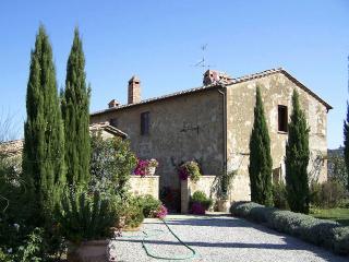 Beautiful 6 bedroom House in Monticchiello - Monticchiello vacation rentals