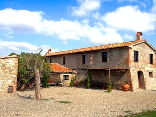 Podere Luna - Gallina vacation rentals