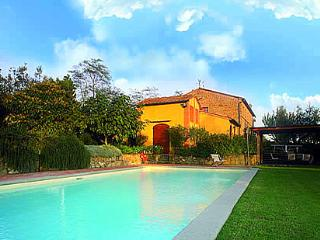 4 bedroom House with Fireplace in San Giusto - San Giusto vacation rentals