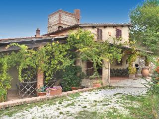 7 bedroom House with Private Outdoor Pool in Radicofani - Radicofani vacation rentals