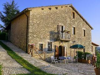 Colle Borgo - San Vittore del Lazio vacation rentals