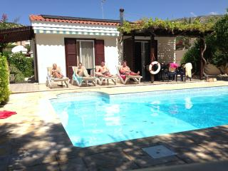 luxury private 3 bedroom villa with heated pool - Peyia vacation rentals
