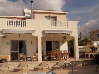 villa suzanne - Peyia vacation rentals