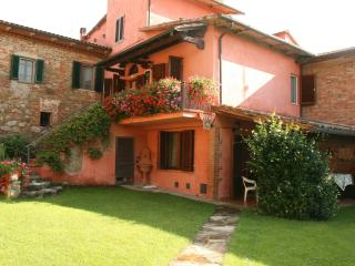 Lovely 5 bedroom Lucignano Villa with Internet Access - Lucignano vacation rentals