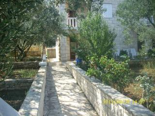 Apartment Vlaho for 5 in the Mediterranean surroun - Korcula Town vacation rentals