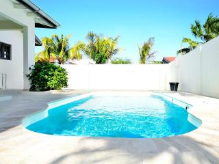 San Miguel Villa 3 bedrooms 2 bathrooms - Palm Beach vacation rentals