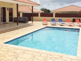 Modanza Paradise - Aruba vacation rentals