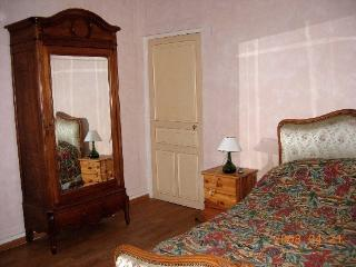 2 bedroom House with Internet Access in Chambon-sur-Cisse - Chambon-sur-Cisse vacation rentals