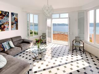 Gorgeous French Riviera Villa Rental with Sweeping Sea View - Villefranche-sur-Mer vacation rentals