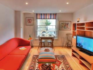 Charming 2 bedroom Whitstable Apartment with Internet Access - Whitstable vacation rentals