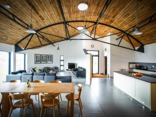 5 bedroom Barn with Internet Access in Condover - Condover vacation rentals