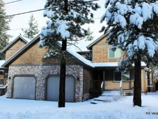 Brownie Retreat Combo: Nice 6 Bed/6 Bath Duplex - City of Big Bear Lake vacation rentals