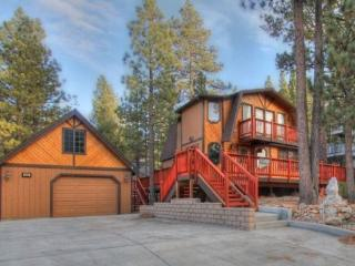 Pine View Escape: Quiet Escape w/ Spa and Ping Pong Table - Big Bear Area vacation rentals