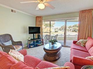 Maravilla 1109 -3BR/2BA-FREEFunPass5/1*Buy3Get1FreeThru5/26* AVAIL 30-5/7-AcrossfrBeach! - Miramar Beach vacation rentals