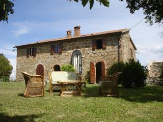 Country House in a wild area of Central Umbria - Montegiove vacation rentals