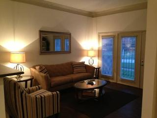 Fully Furnished 2 bedroom, 1 bath Midtown - Houston vacation rentals