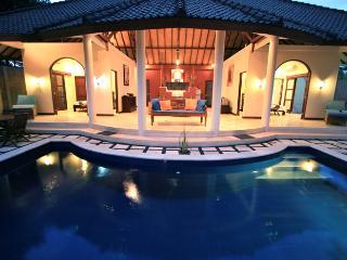 2BR/PrivateVilla/Pool/Kitchen/GiliMeno/Bikes/Wifi - Gili Meno vacation rentals