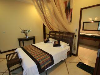 Gorgeous 2 bedroom Villa in Gili Meno - Gili Meno vacation rentals