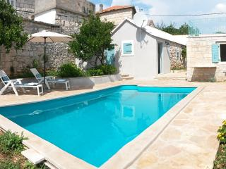Stone cottage with a pool in Selca, island Brac - Sumartin vacation rentals