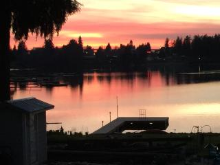 Private Room Lakefront Retreat Patio View Room - SeaTac vacation rentals