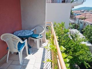 Teuta - studio for 2 with sea view and Wi-Fi - Stari Grad vacation rentals