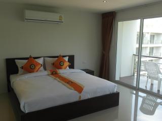PATONG POOL / MOUNTAIN View C32 - Patong vacation rentals