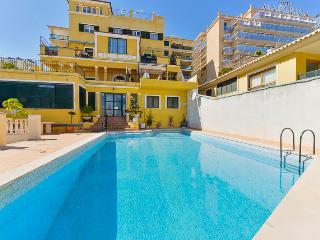 Apartment overlooking Harbour of Palma city - Palma de Mallorca vacation rentals