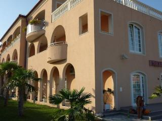 Villa Lena - Pakostane vacation rentals
