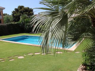 APARTMENT AZUL WITH COM POOL - Sitges vacation rentals