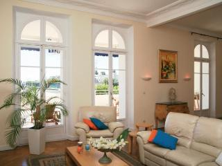 VIP Apartment with a Terrace, in Cannes - Cannes vacation rentals