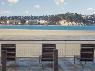 Seaside apartment in Cap Morgat, Brittany, with 1 bedroom, pool and terrace – 30m from the beach! - Chateaulin vacation rentals