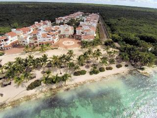 LOVELY APT IN RESORT WITH PRIVATE BEACH - ISOTTA - Bayahibe vacation rentals