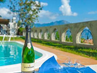 Villa Ebe: Amalfi Exclusive luxury villa with pool - Vettica di Amalfi vacation rentals