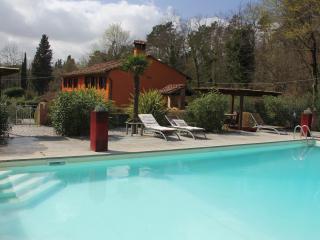 Casa Boccina - 19th century Tuscan Farmhouse - Lucca vacation rentals