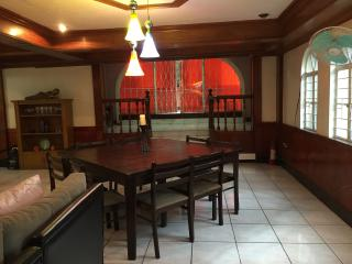 Beautiful House with Deck and Internet Access - Pasig vacation rentals